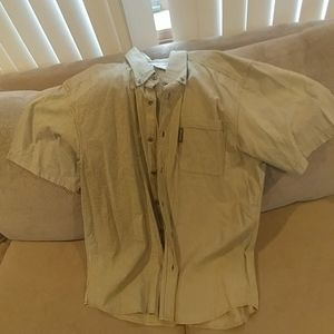 Like new men's Columbia short sleeve button down